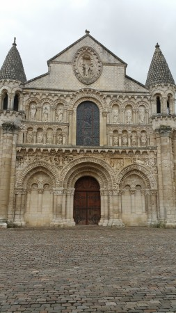 Cathédrale Saint-Pierre de Poitiers - in search of atelier art studio France - Chris Billington 2015.